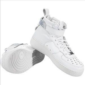 Nike SF Air Force 1 Mid White  🔥